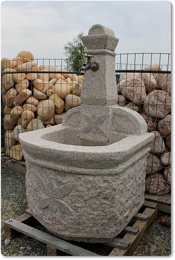 gartenbrunnen aus granit gartenbrunnen aus granit. Black Bedroom Furniture Sets. Home Design Ideas