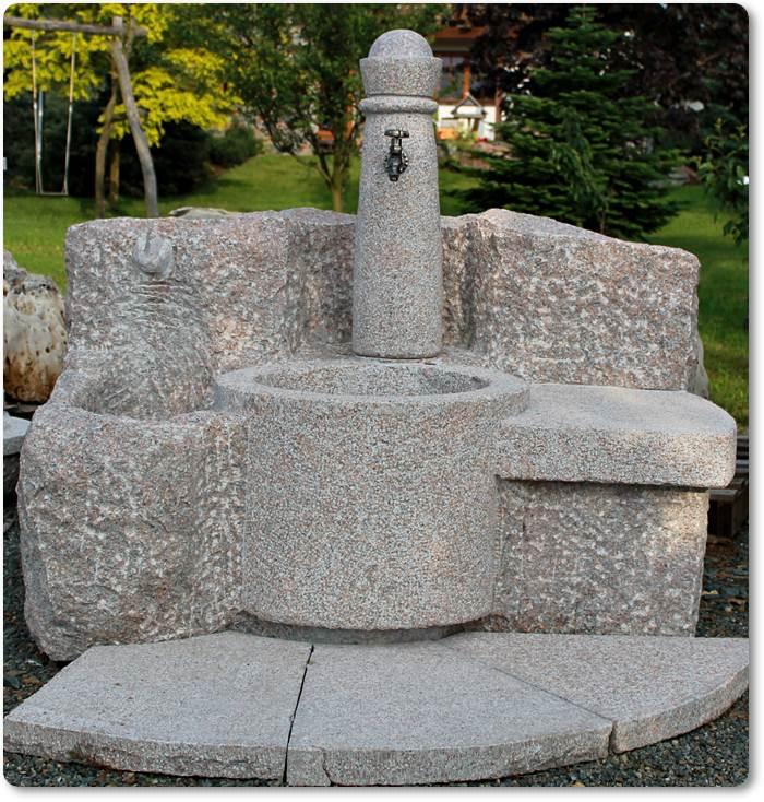 granitbrunnen mit bank granitbrunnen mit bank. Black Bedroom Furniture Sets. Home Design Ideas